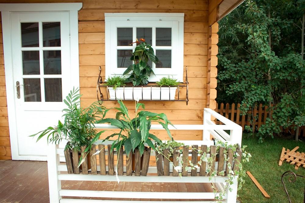 Ящики деревянные на балкон