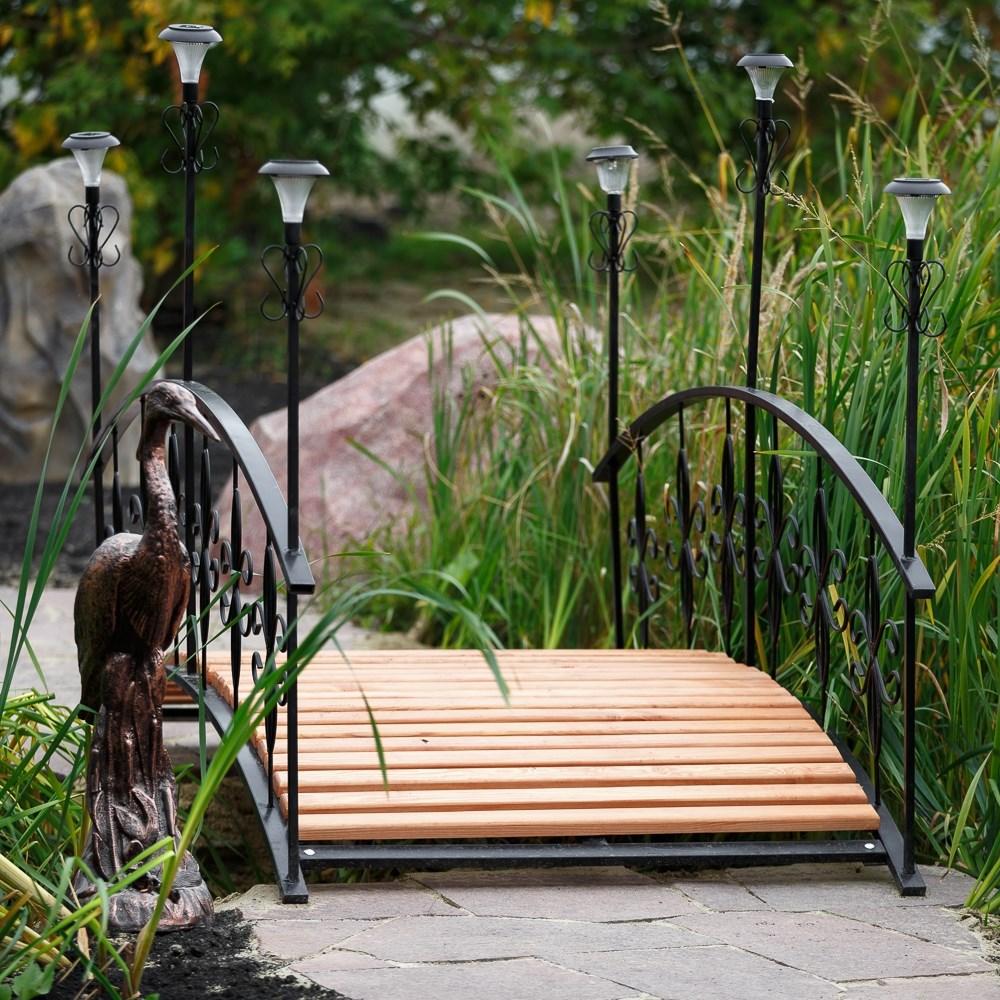 Мостик в сад