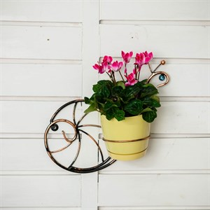 Подставка для цветов настенаня